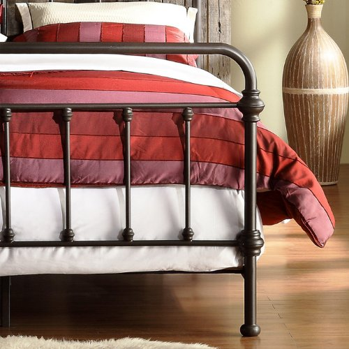 Nottingham Metal Spindle Bed Queen