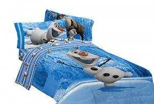 Disney Frozen Olaf Made of Snow Microfiber Reversible Comforter, Full
